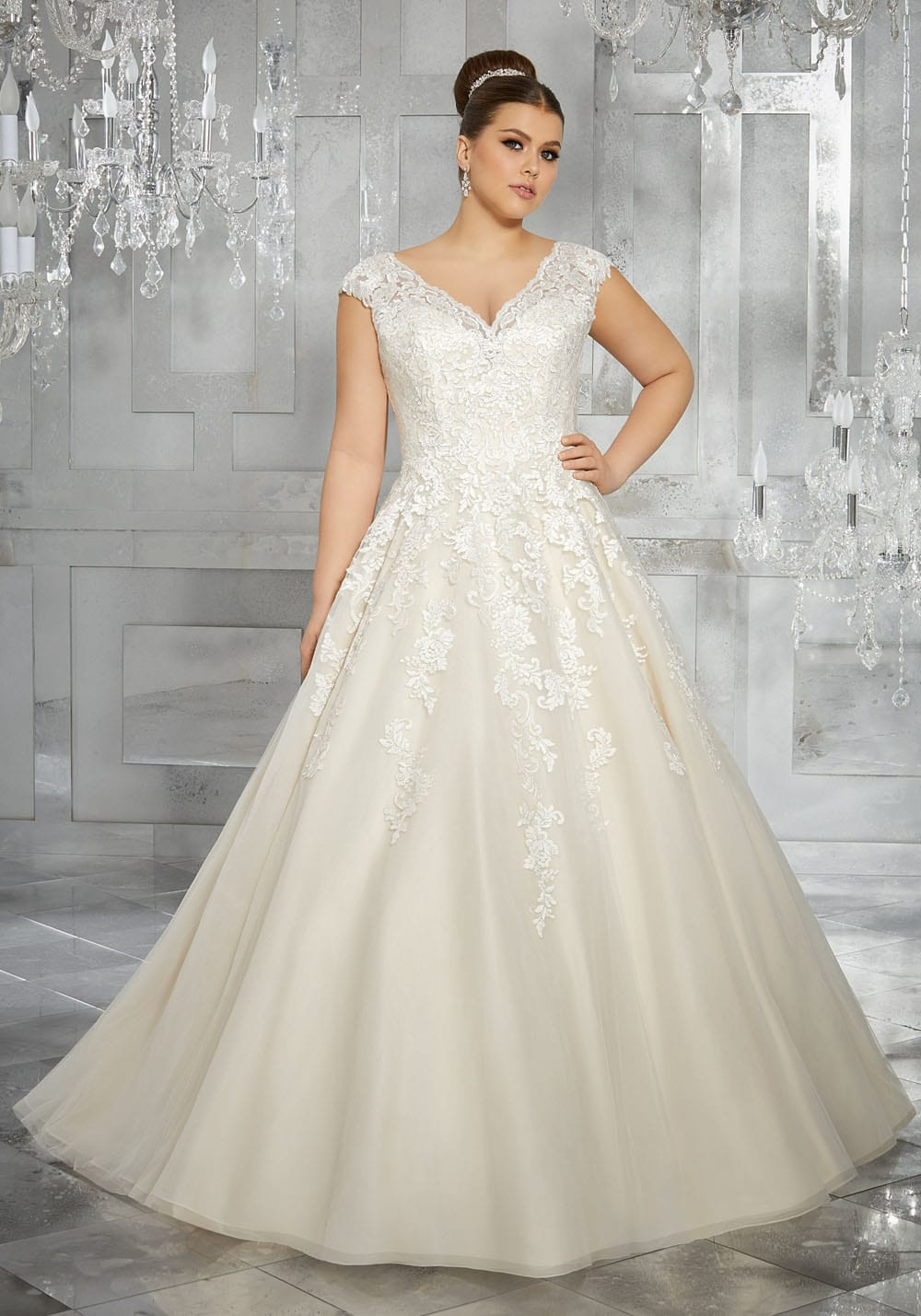 Wedding dresses sacramento diamond bridal gallery for Wedding dress shops in sacramento