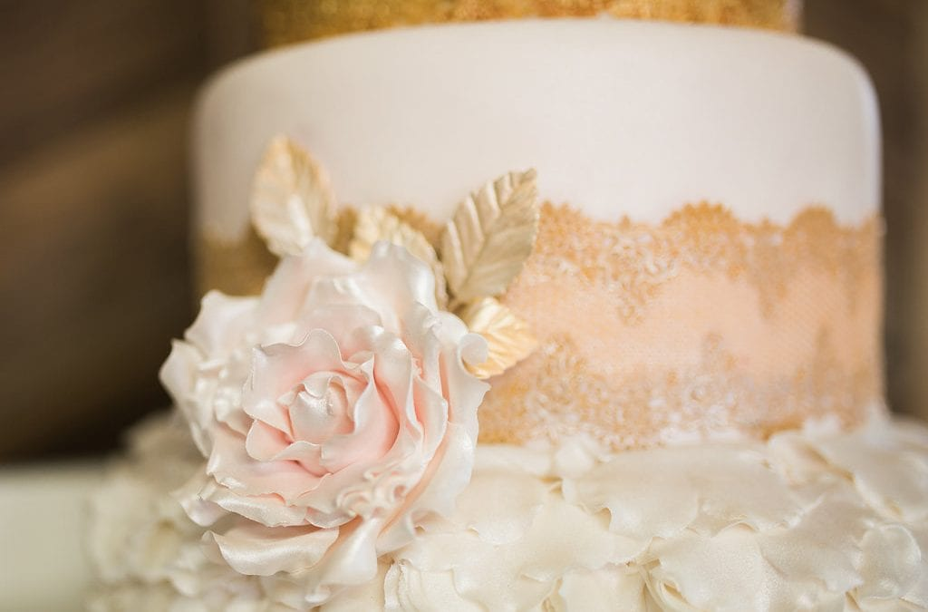 A Touch of French Elegance: Bridal Shoot