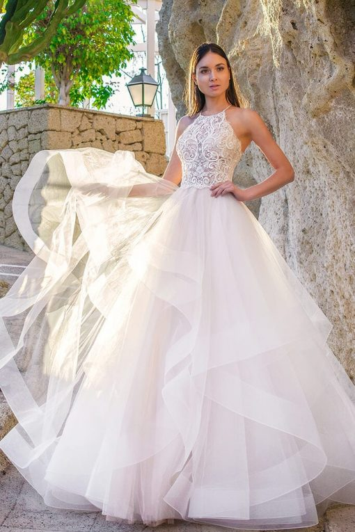 Ball gown with layered skirt wedding dress