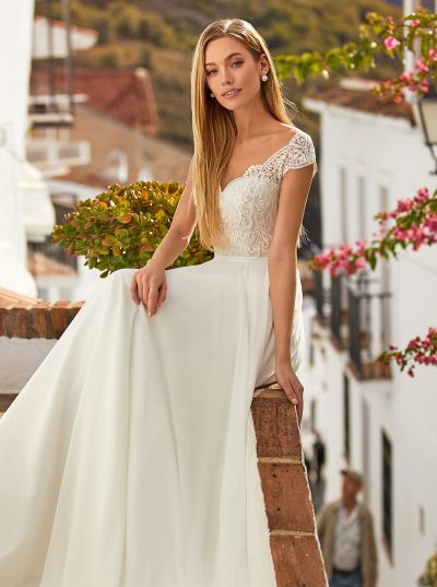 off shoulder lace top and chiffon wedding dress